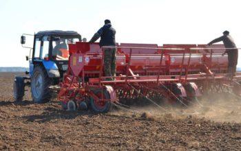 Донские аграрии приступили к весенним полевым работам